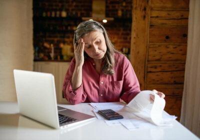 Caiu em golpe no empréstimo consignado? Saiba o que fazer