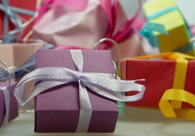 4 dicas para economizar nos presente do Natal